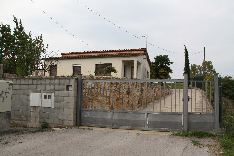 Detinguts els autors de l 39 assalt violent a una casa de - Casa en cornella ...