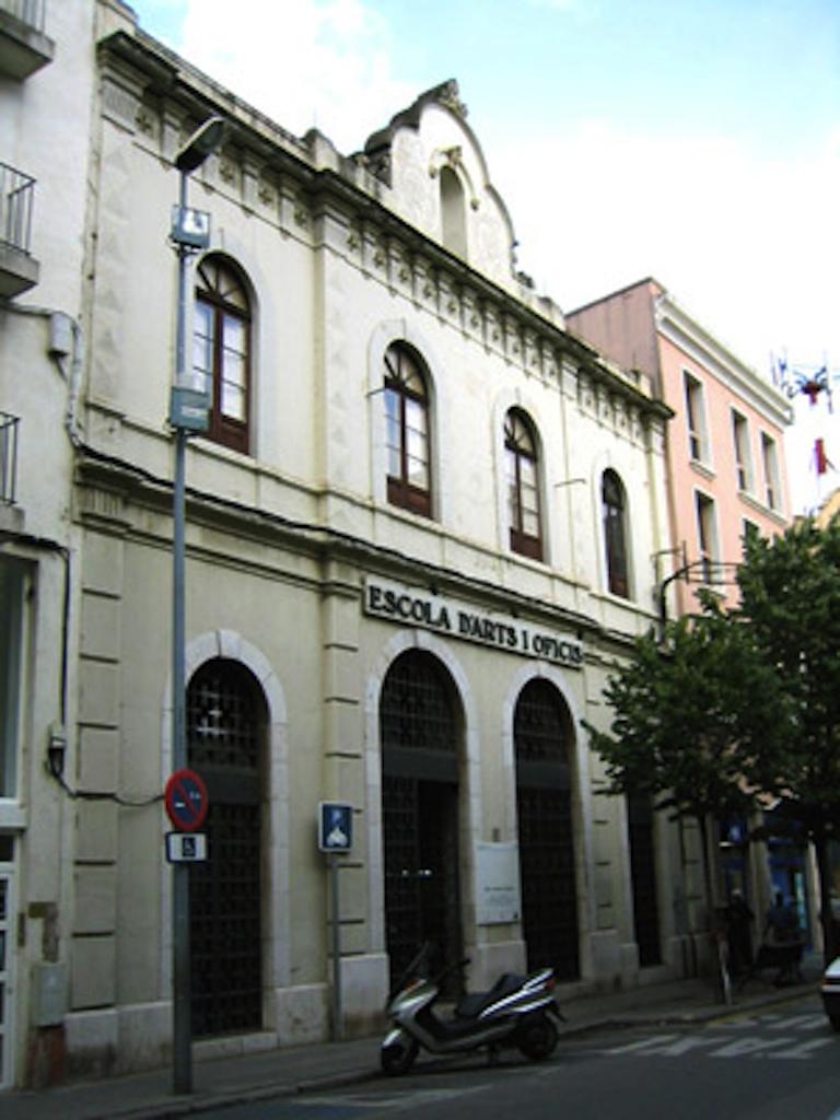 El proper abril figueres obrir l 39 oficina d 39 informaci del for Oficina de turisme figueres