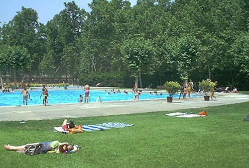 Abonar la taxa d 39 inscripci a les piscines de girona ser - Piscina devesa girona ...